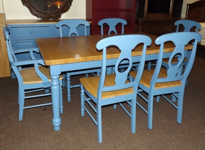 Whitewood all wood Table, 4 sc,2 ac and server blue base and natural top