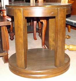 JDI oval cocktail and end table