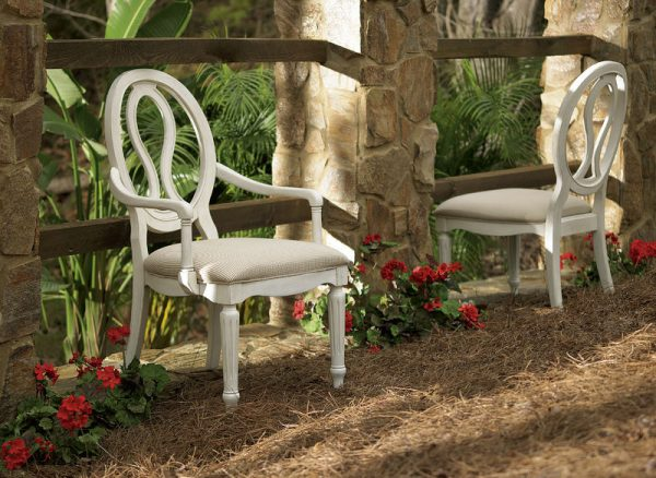 Universal Furniture Summer Hill Dining Room Collection-7531