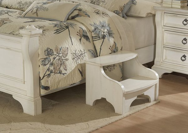 American Woodcrafters Heirloom Bedroom- White-3157