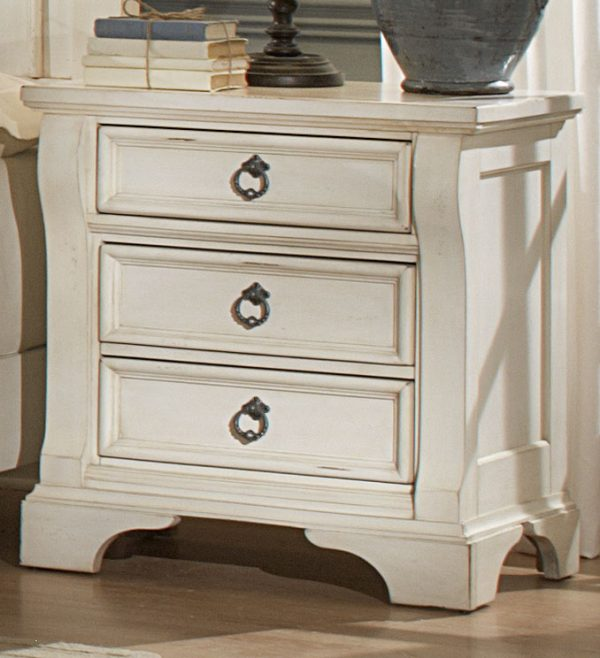 American Woodcrafters Heirloom Bedroom- White-3156
