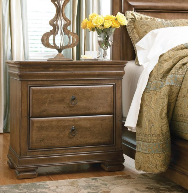 Universal Furniture New Lou Bedroom Collection-7142