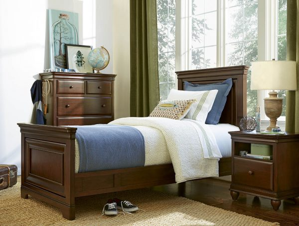 Smartstuff by Universal Classics 4.0 Bedroom Collection in Cherry Finish-6905