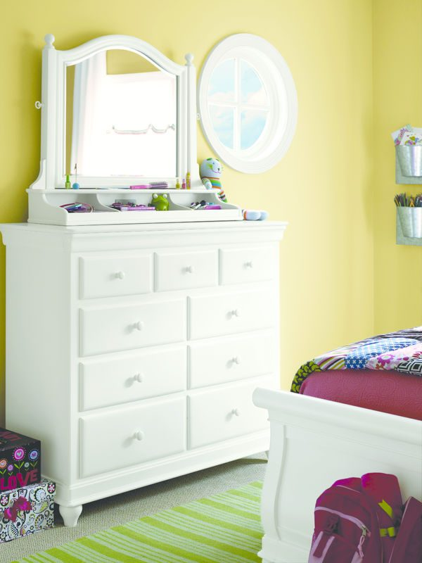 Smartstuff by Universal Classics 4.0 Bedroom Collection in Summer White Finish-6864