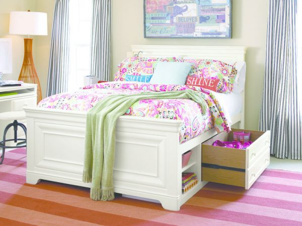 Smartstuff by Universal Classics 4.0 Bedroom Collection in Summer White Finish-6868