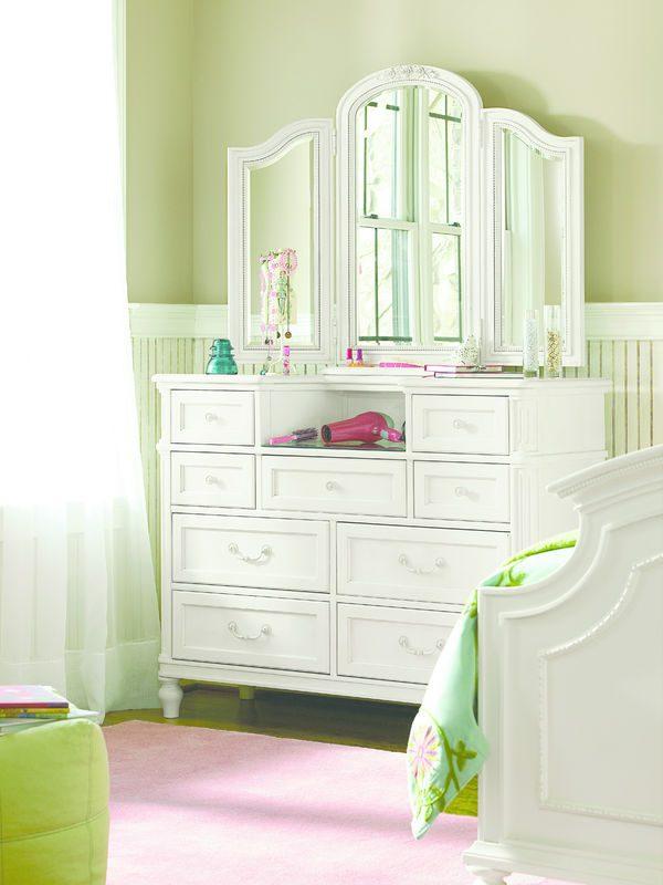 Smartstuff by Universal Gabriella Bedroom Collection-6986