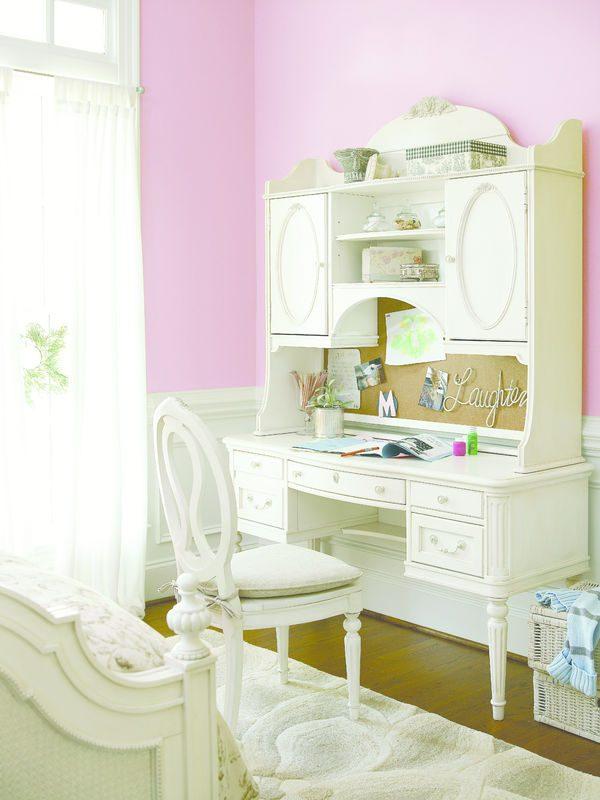 Smartstuff by Universal Gabriella Bedroom Collection-6982