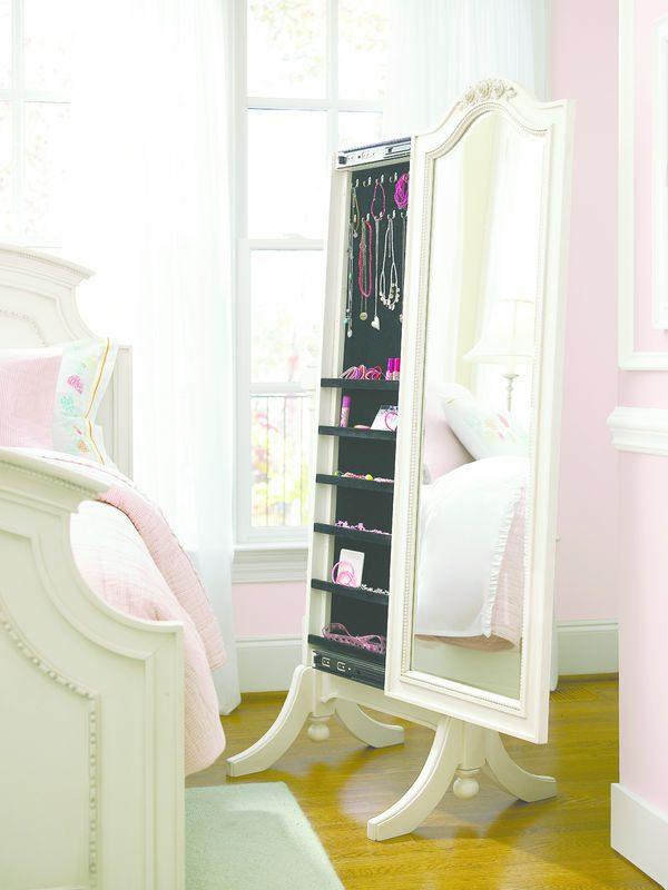 Smartstuff by Universal Gabriella Bedroom Collection-6974