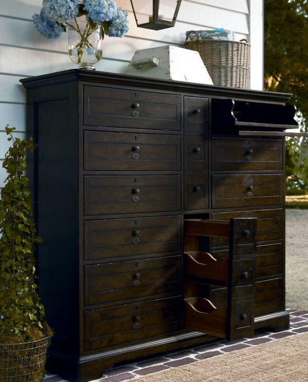 Universal Furniture Down Home Bedroom in Molasses Finish by Paula Deen Home-7112