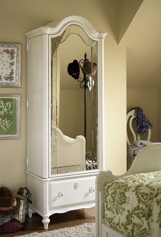 Smartstuff by Universal Bellamy Bedroom Collection-6777