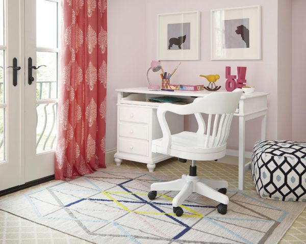 Smartstuff by Universal Black and White Bedroom Collection in White Finish-6822
