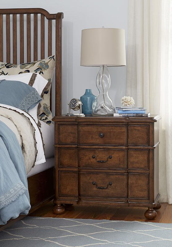 Universal Furniture Paula Deen Home Dogwood Bedroom Collection-7254