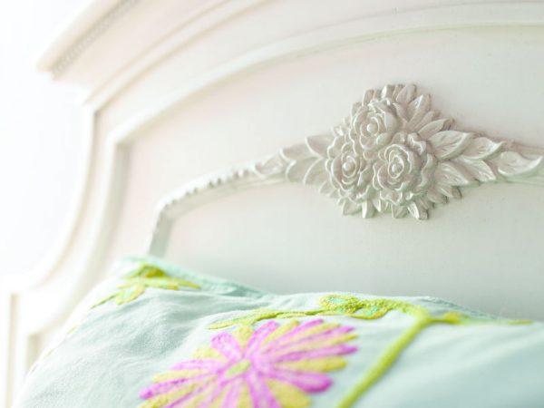 Smartstuff by Universal Gabriella Bedroom Collection-6984