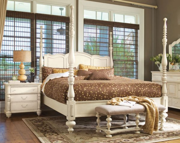Universal Furniture Paula Deen Home Bedroom Collection with Savannah Poster Bed-7165