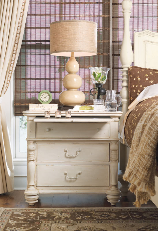 Universal Furniture Paula Deen Home Bedroom Collection with Steel Magnolia Bed-7174