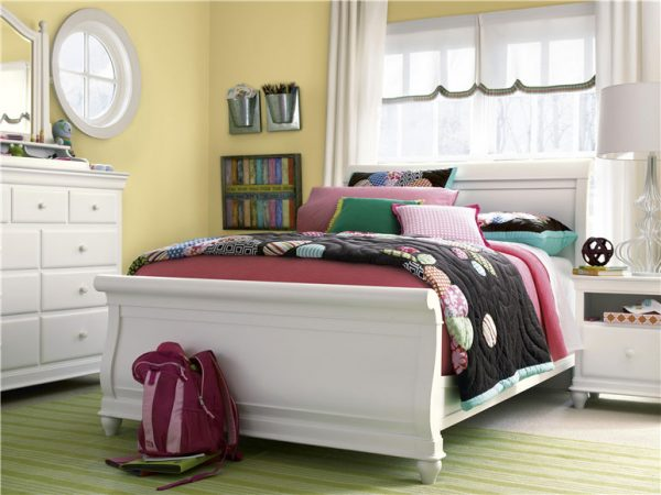 Smartstuff by Universal Classics 4.0 Bedroom Collection in Summer White Finish-0