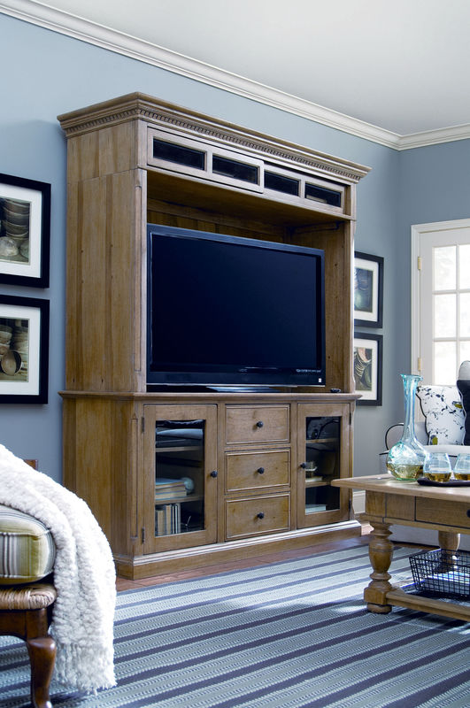 Universal Furniture Down Home Entertainment Console with Hutch by Paula Deen Home-7602