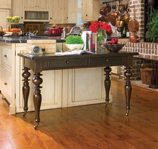 Universal Furniture Paula Deen Home Accent Furniture in Tobacco Finish-7681