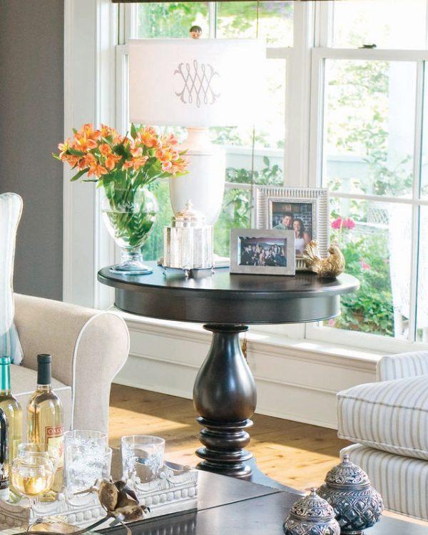 Universal Furniture Paula Deen Home Accent Furniture in Tobacco Finish-7679