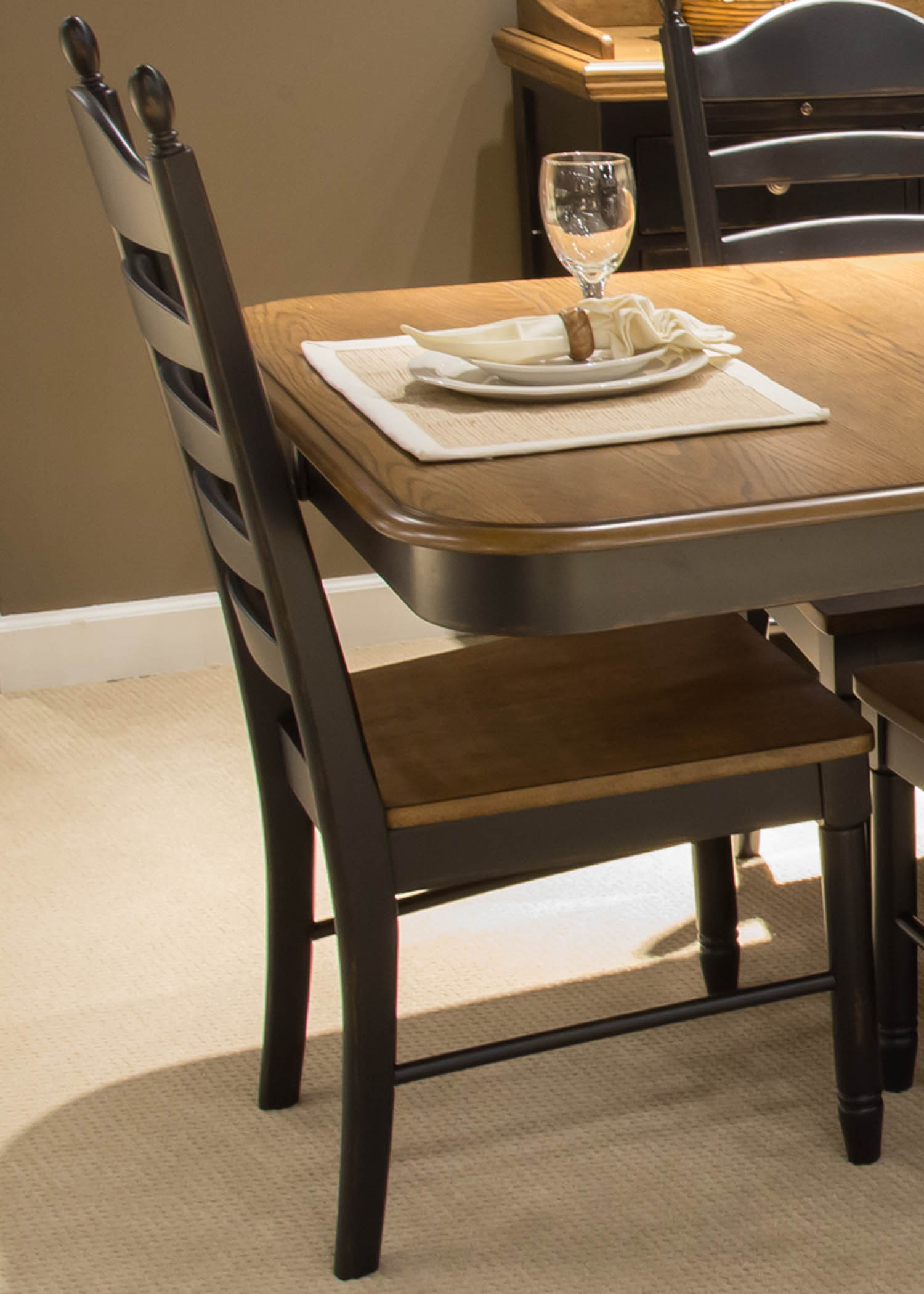 Wynwood Dining Room Furniture: Liberty Furniture Springfield Dining Room Collection