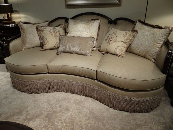A.R.T. Furniture Giovanna Upholstery Collection-7957