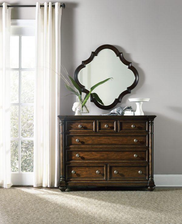 Hooker Furniture Leesburg Bedroom Collection with Upholstered Bed-9152