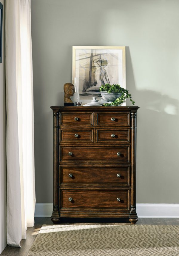 Hooker Furniture Leesburg Bedroom Collection with Upholstered Bed-9153