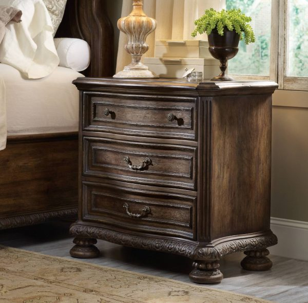 Hooker Furniture Rhapsody Bedroom Collection-9177