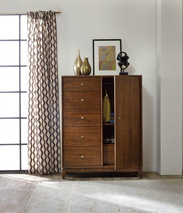 Hooker Furniture Studio 7H Bedroom with Metal Upholstered Bed-9253
