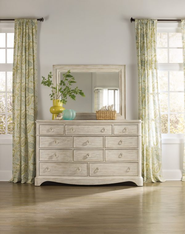 Hooker Furniture Sunset Point Bedroom Collection-9282