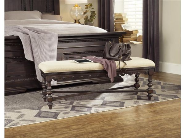 Hooker Furniture Treviso Bedroom Collection with Poster Bed-9313