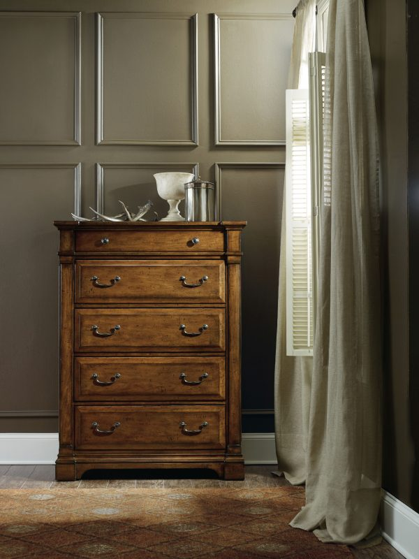 Hooker Furniture Tynecastle Bedroom Collection-9323