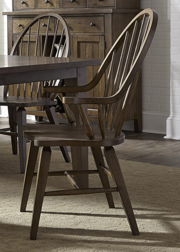Liberty Furniture Hearthstone Dining Room with Rectangular Table