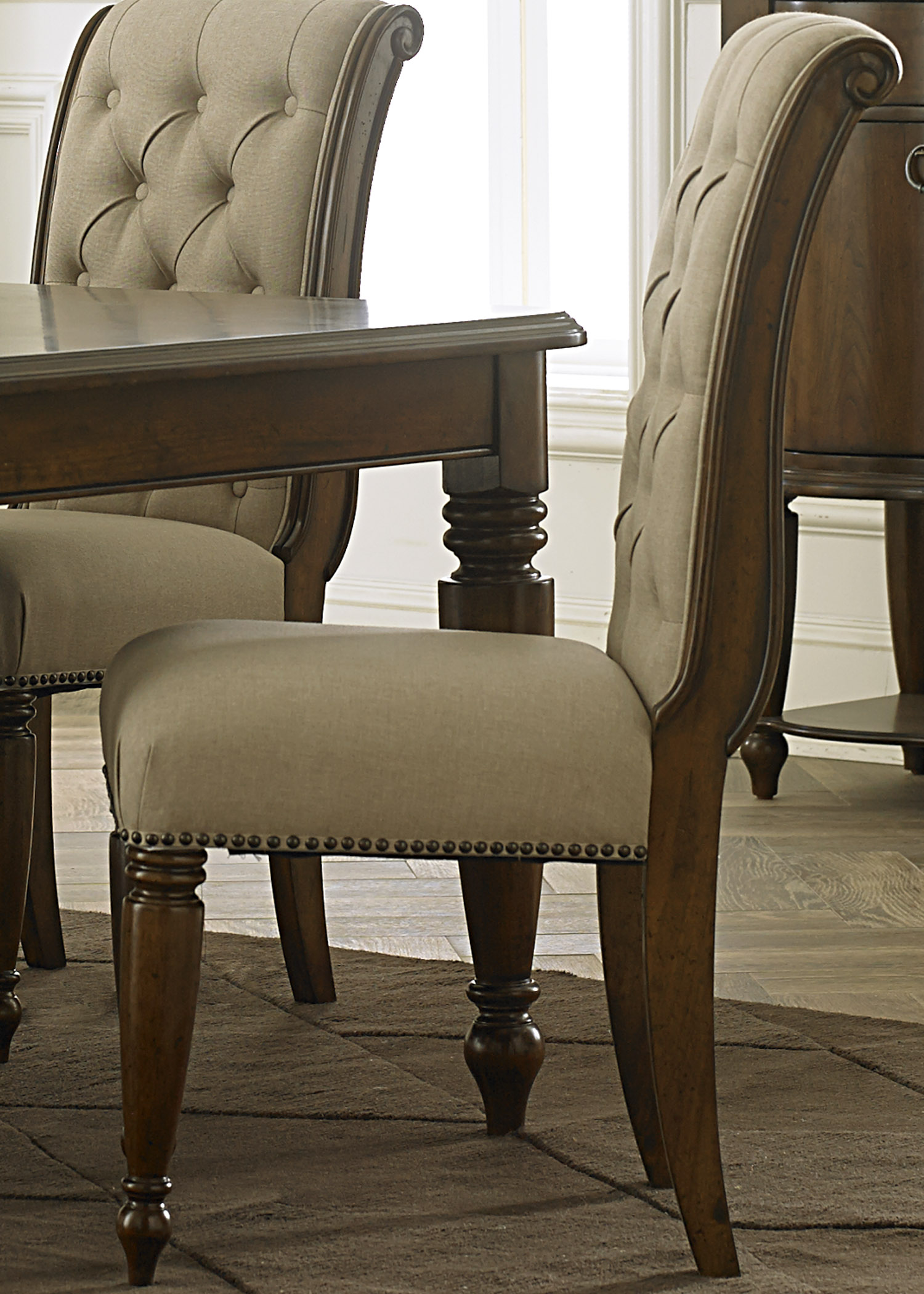 Wynwood Dining Room Furniture: Liberty Furniture Cotswold Dining Room Collection