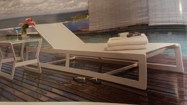 Skyline Design Lyon Chaise