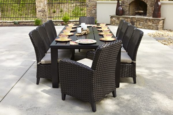 Anacara Company Carlysle Aluminum Hunt Outdoor Dining Table and Chairs