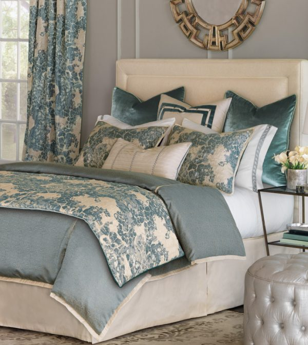 Eastern Accents Alaia Bedding-0